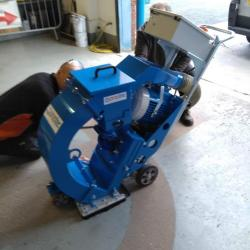 "HIRE 12"" BLAST MACHINE IMPACTS S320 11KW"