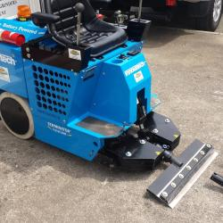 A45 HIRE RIDE ON TILE REMOVER 2100XME BATTERY POWERED